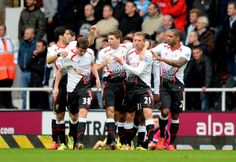 Steven Gerrard - West Ham United v Liverpool - Premier League