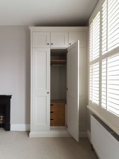 TW Bespoke - Fitted Furniture, Fitted Wardrobes, Carpentry, Joinery in Burton on Trent Built In Wardrobe Ideas Alcove, Bedroom Built In Wardrobe, Fitted Bedroom Furniture, Fitted Bedrooms, Diy Wardrobe, Master Bedroom Closet, Wardrobe Storage, Smart Furniture, Furniture Ideas