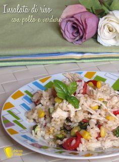 INSALATA DI RISO CON POLLO E VERDURE - CHICKEN AND VEGETABLES RICE SALAD #insalata #riso #freddo #pollo #sfilacciato #verdure #mais #zucchine #pomodori #ricetta #rice #salad #chicken #vegetables #zucchini #tomato #corn #recipe #ilchiccodimais http://blog.giallozafferano.it/ilchiccodimais/16821/