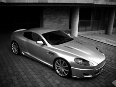 Project Kahn Aston Martin DB9...