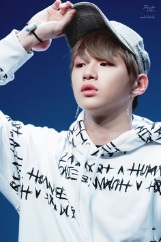 Wanna One at Yohi Fansign Daniel K, Jin Kim, Korean K Pop, Happy Pills, Kim Jaehwan, Ha Sungwoon, Golden Child, Kpop, Flower Boys