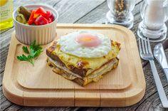 Lunchbox - self-service restaurant Perfect Breakfast, Avocado Toast, Lunch Box, Restaurant, Food, Eten, Restaurants, Meals, Dining Room