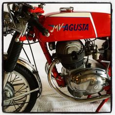Mv Agusta, Sportbikes, Cool Bikes, Cars And Motorcycles, Racing, Hero, Cool Stuff, Classic, Iconic Beauty