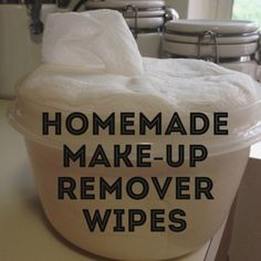 Homemade make-up remover wipes using organic coconut oil! Cool Diy, All You Need Is, Diy Makeup Remover Wipes, Makeup Brush, Eye Makeup, Coconut Essential Oil, Coconut Oil, Essential Oils, Diy Makeup Vanity