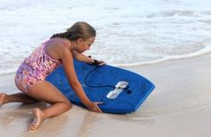 Snorkelboard : Swim Board with Anti-Fog Goggles - http://www.gadgets-magazine.com/snorkelboard-swim-board-anti-fog-goggles/