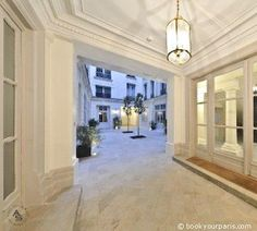Furnished 2 bedroom apartment for rent in Paris Rue Chambiges 60 m² 8, 2400 €/M