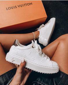 Louis Vuitton Sneakers, Zapatillas Louis Vuitton, Luis Vuitton Shoes, Cute Sneakers, Sneakers Mode, Sneakers Fashion, Fashion Shoes, Me Too Shoes, Women's Shoes
