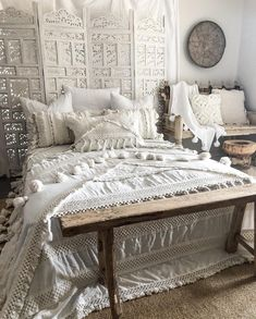 Outstanding modern bedroom designs are offered on our internet site. Take a look and you wont be sorry you did. Dream Rooms, Dream Bedroom, Home Bedroom, Target Bedroom, Modern Bedroom Design, Bedroom Designs, Bedroom Ideas, Bohemian Bedroom Decor, My New Room