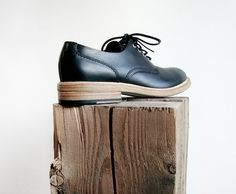 Buttero : Round-Toe Derby Shoe