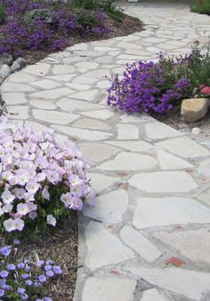 Front Yard Landscaping Design Ideas, Pictures, Remodel, and Decor - page 41