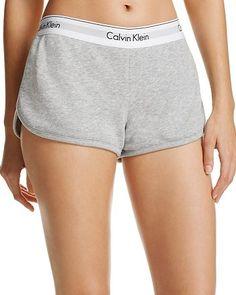 ideas fashion logo calvin klein for 2019 Calvin Klein Shorts, Calvin Klein Sweatpants, Calvin Klein Outfits, Lenceria Calvin Klein, Teen Fashion, Fashion Outfits, Womens Fashion, Gold Fashion, Beauty Products