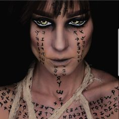 Image discovered by Ali. Find images and videos about art, makeup and Halloween on We Heart It - the app to get lost in what you love. Face Paint Makeup, Fx Makeup, Cosplay Makeup, Costume Makeup, Mummy Makeup, Halloween Face Makeup, Egyptian Makeup, Fantasias Halloween, Horror Makeup