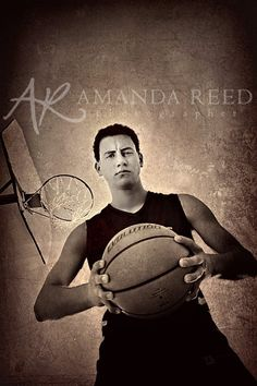 Senior Picture Ideas for Guys | Amanda Reed Photography | senior guys posing ideas