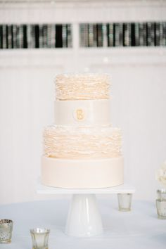 Ruffled cake: http://www.stylemepretty.com/little-black-book-blog/2015/05/20/elegant-summer-wedding-at-cypress-grove-estate-house/ | Photography: Best Photo - http://joshandrachelbest.com/