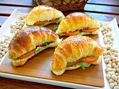 DOLCEmente SALATO: Cornetti salati di pasta brioche
