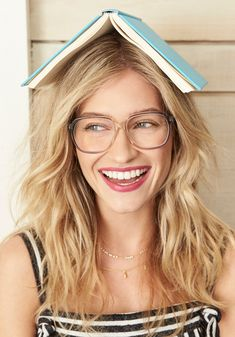 Ready to find your most perfect frames? Take this quick quiz, and voilà! We'll suggest some great-looking options to fill your Home Try-On. I Love Your Face, Glasses For Your Face Shape, New Glasses, Best Eyeglasses, Warby Parker, Square Faces, Redhead Girl, Try On, Face Shapes