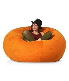 """De nuestros modelos más vendidos """"TOOT"""". Perfecto y cómodo para cualquier espacio. Toot, Bean Bag Chair, Furniture, Home Decor, Templates, Space, Decoration Home, Room Decor, Beanbag Chair"""