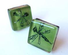 "Pendientes vidrio y plata de ley ""libélula"". Verde von BGLASSbcn auf DaWanda.com"