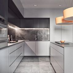 10 Modern Kitchen Ideas Every Home Cook Needs To See Kitchen Decor Modern kitchen ideas can inspire your project or complicate it. Here are some tips to make sure you choose a kitchen design that's going to work for y. Kitchen Room Design, Luxury Kitchen Design, Kitchen Cabinet Design, Luxury Kitchens, Home Decor Kitchen, Interior Design Kitchen, Home Kitchens, Kitchen Ideas, Kitchen Hacks