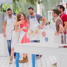 Spettacoli: #MOMENTO SUPER #ABBRACCIO!  #BakeOffItalia... (realtimetvit) (link: http://ift.tt/2foRg47 )
