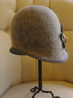 To Block a Cloche | Hat Therapy