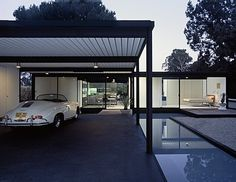 I've been in love with this home for years. Pierre Koenig Case Study House #21 gelamatti
