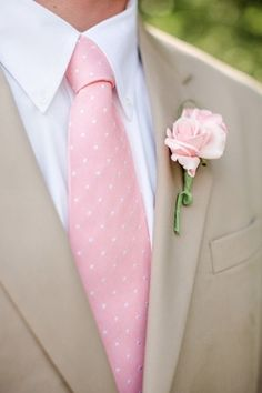 taupe and pink. such a lovely palette. (Lynci loves this style/color combination for Jerryl and his groomsmen...)