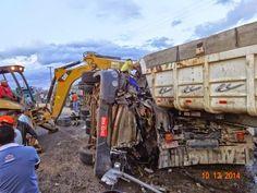 Blog Paulo Benjeri Notícias: Carreta causa acidente na PE 615 em Araripina