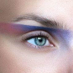 Products used: @maccosmetics eyeshadows Beautiful iris, Atlantic blue & paradisco #eye #eyeshadow #eyemakeup #eyeliner #ögonskugga #beauty #makeup #makeupaddict #makeupartist #mua #ilovemakeup #smink #muascomeup #makeuphall #featuremuas #macmakeup
