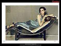 Japan | Elle Decor | February 2014 | LC4 CP, design Le Corbusier, Pierre Jeanneret, Charlotte Perriand | Discover more on: http://cassina.com/it/collezione/poltrone-e-divani/lc4-cp
