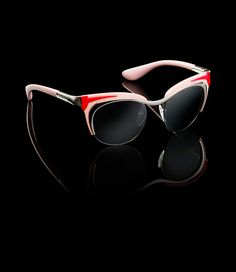 Prada E-Store · Woman · Sunglasses · Eyewear SPR61O_E1BC_F07W1