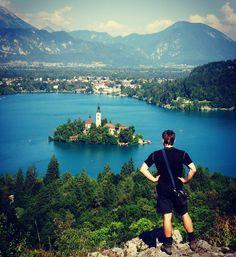 "Polubienia: 35, komentarze: 2 – Hasające Zające (@hasajacezajace) na Instagramie: ""#hasajacezajace  #bled #bledlake  #slovenia #ifeelslovenia  #travel #landscape  #travelphotography…"""