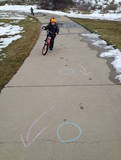 I Am Momma - Hear Me Roar: Mommy School Monday - Spring Activities --Lots of fun ones, but I like the bike obstacle course!