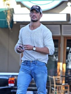 David Gandy Lunches With A Friend In West Hollywood