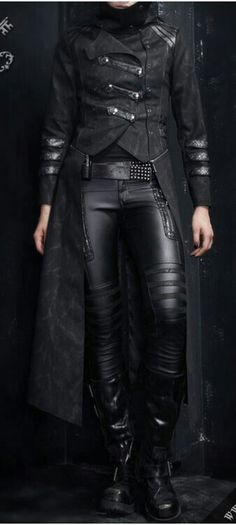 Black leather/ the matrix outfit / black leather coat/ black leather trousers #