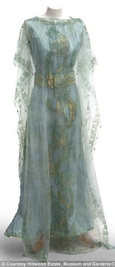 Callot Soeurs Vintage Gown 1908 She must wear this!
