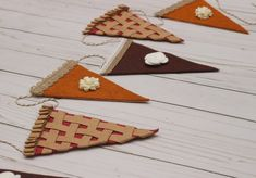 Thanksgiving dinner ideas for decor, gifts and more curated from Etsy by Top DC Area event Planner Bellwether Events Thanksgiving Diy, Thanksgiving Decorations, Fall Halloween, Halloween Crafts, Kid Crafts, Lemon Crafts, Celebration Day, Felt Garland, Autumn Crafts