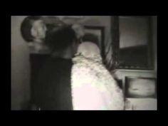 Video de la deepweb de persona cargando un ¿bebe?