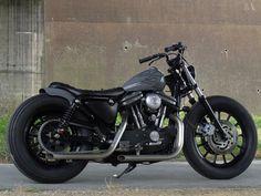 Harley Davidson News – Harley Davidson Bike Pics Suzuki Cafe Racer, Inazuma Cafe Racer, Cafe Racer Bikes, Cafe Racer Motorcycle, Motorcycle Garage, Motorcycle Style, Women Motorcycle, Motorcycle Quotes, Motorcycle Helmets