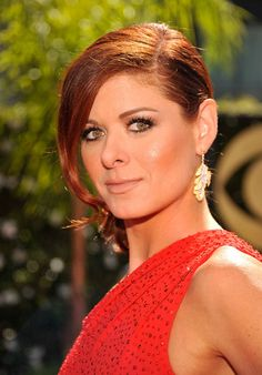 Debra Messing. After Contouring. Much softer features, deeper set appearance for eyes, fuller cheekbones.