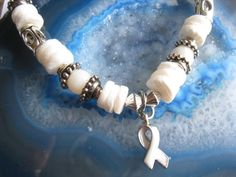 Lung Cancer Support bracelet 142  6 3/4 by uniquevisionsbyjen, $15.00