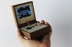 This Wooden Nintendo Emulator Is A Portable Gaming Masterpiece