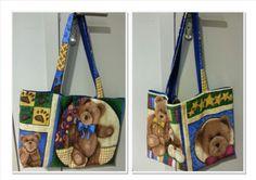 Fotos de una preciosa bolsa de costura por ambos lados...