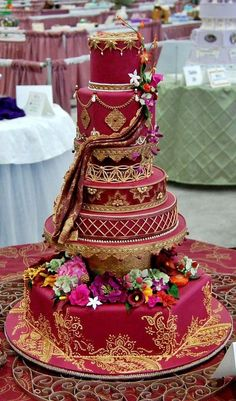 Simply magnificent Indian-themed wedding cake inspired by the intricate workings on a Hindi wedding veil, the minute and painstaking detail on this is mindblowing! Wedding Cake Red, Indian Wedding Cakes, Themed Wedding Cakes, Beautiful Wedding Cakes, Gorgeous Cakes, Wedding Cake Designs, Pretty Cakes, Amazing Cakes, Indian Weddings