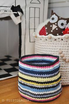 DIY crocheted basket