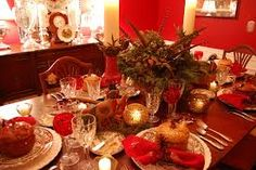 Will your dining table look like this for Thanksgiving? Thanksgiving Table Settings, Thanksgiving Centerpieces, Christmas Table Settings, Dining Room Table Centerpieces, Table Decorations, Dining Table, Modern Victorian Decor, Natal Country, Sunroom Dining