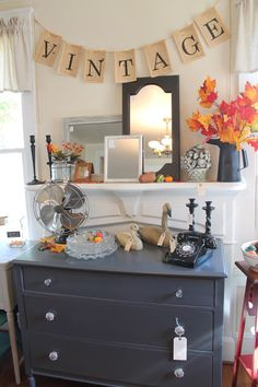 fall 2015 tag sale preview from Elizabeth and Co. Tons of pictures of great vintage decor.