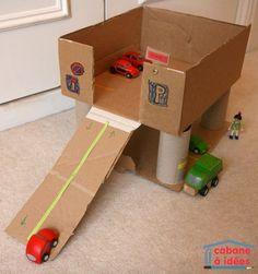 Notre garage en carton - http://www.cabaneaidees.com/2015/04/notre-garage-en-carton/: