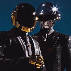 Гоша Рубчинский создал мерч для Daft Punk. Активная ссылка в профиле. via HARPER'S BAZAAR RUSSIA MAGAZINE OFFICIAL INSTAGRAM - Fashion Campaigns Haute Couture Advertising Editorial Photography Magazine Cover Designs Supermodels Runway Models