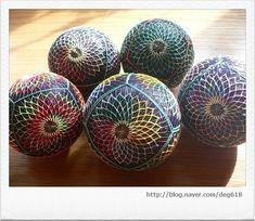 색실공-레인보우 꽃(그물 수-자수)